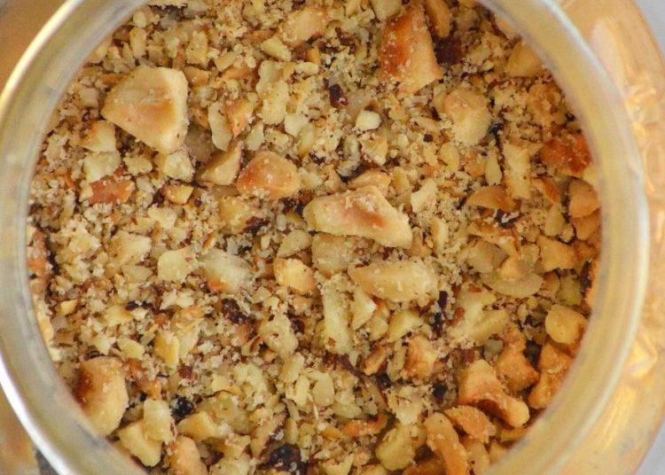 Mantequilla de frutos secos para tostadas y frutas