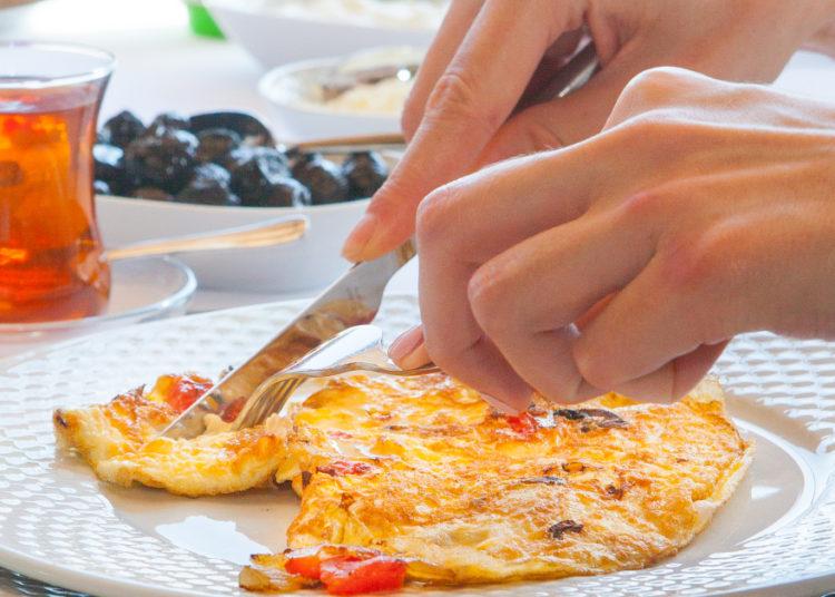 Tortilla de bacalao y vegetales