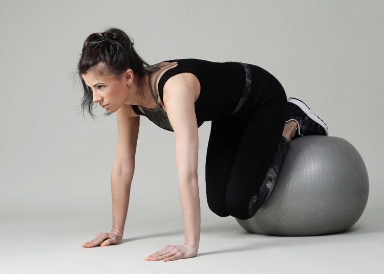 Con pelota de Pilates