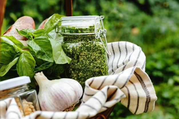 Salsa de perejil o cilantro para que piques en cualquier momento del día