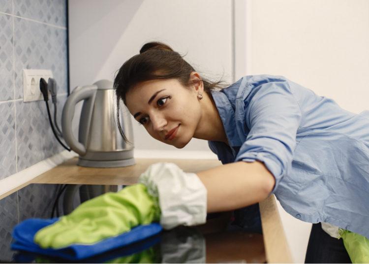 Limpieza de cocina u horno