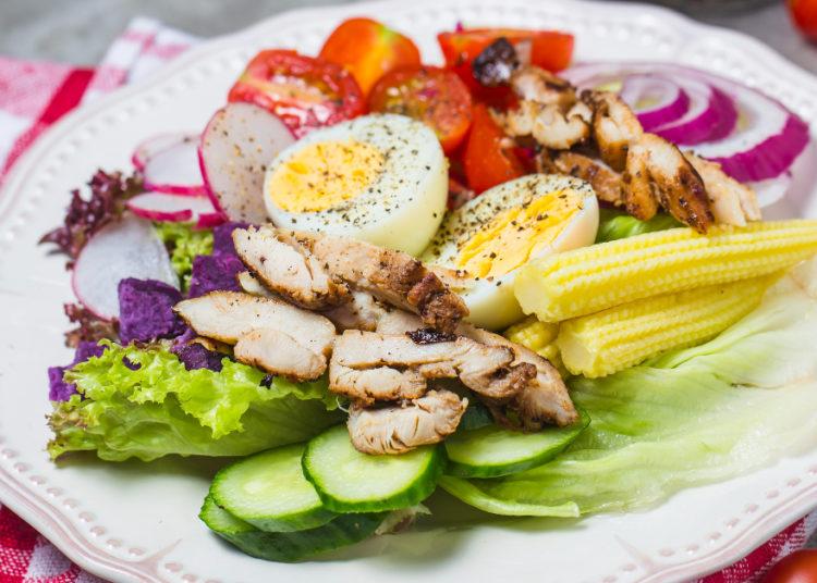 Colócale pollo a la plancha, a la parrilla o en salsa