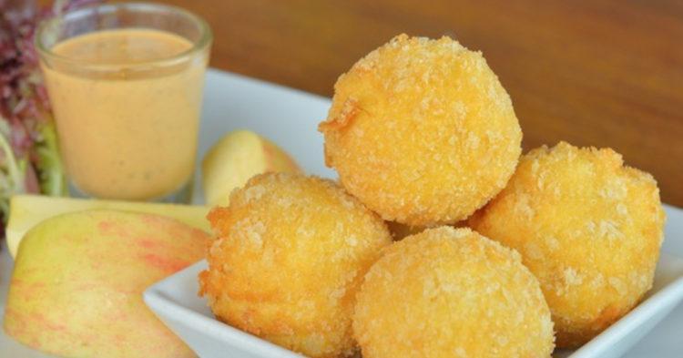 Bocados de queso mozzarella