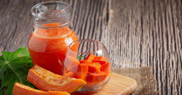 Agua de papaya: toma esta beneficiosa bebida a toda hora y colócale tu toque personal con jengibre o limón