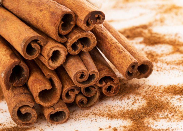 Beneficios de la canela, propiedades nutritivas y cómo usarla a tu favor