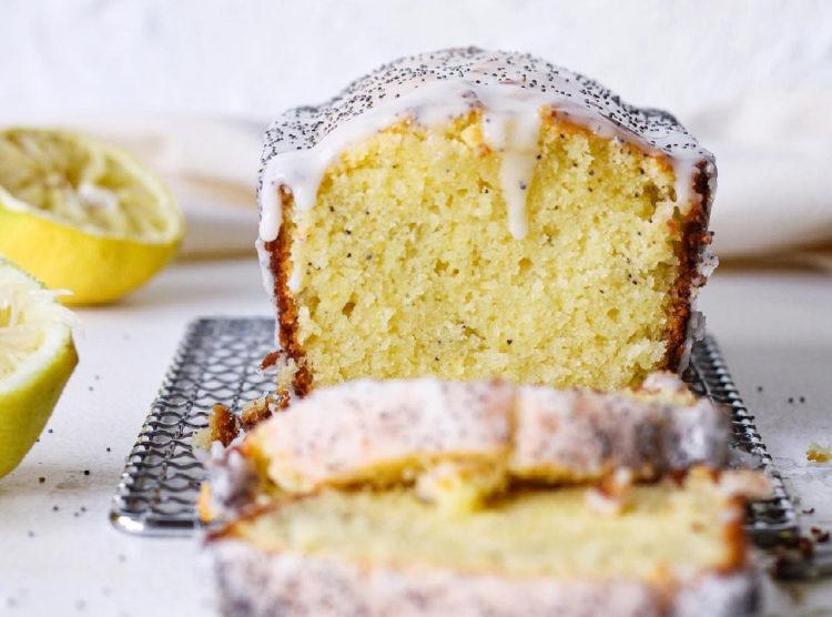 Budín de limón húmedo y tierno: hornea este clásico pastel para la tarde