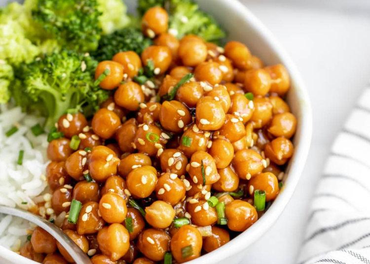 Garbanzos con verduras: prueba 3 recetas fáciles, ricas y saludables