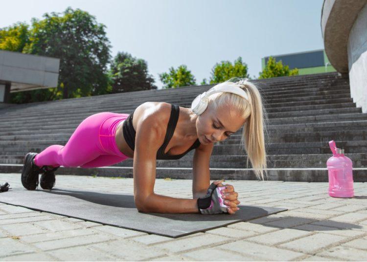 Reto plancha de 10 días para bajar el abdomen, adquirir resistencia y empezar a tonificar piernas